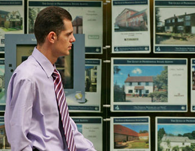 Estate agent fees up 61% in a decade