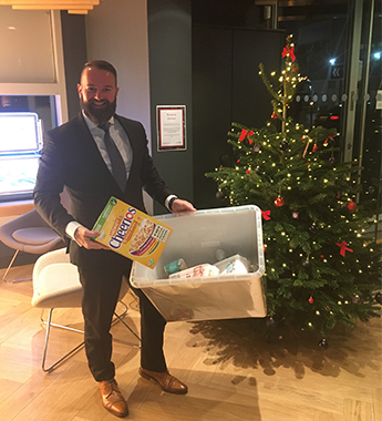 Agents Do Charity - and everyone's at it before Christmas...