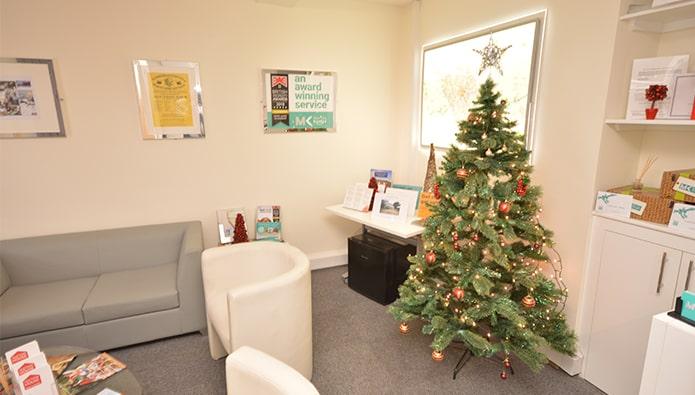 A cool Yule video, life-size Santa and festive ties - more office decs!