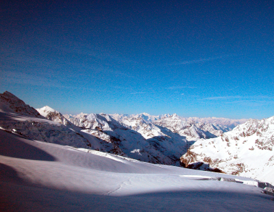 Agents get freebie ski trip as firm shifts to work-from-home model