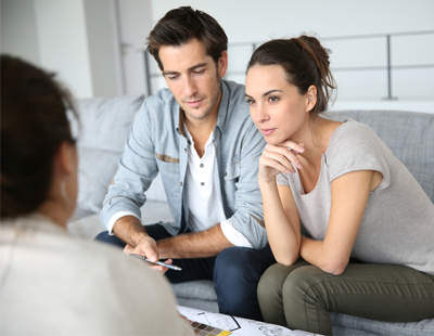How can letting agents help tenants with rent arrears?